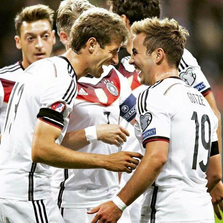 Thomas Muller Und Mario Gotze Deutschland Polen Euro 2016 Classification Futbol