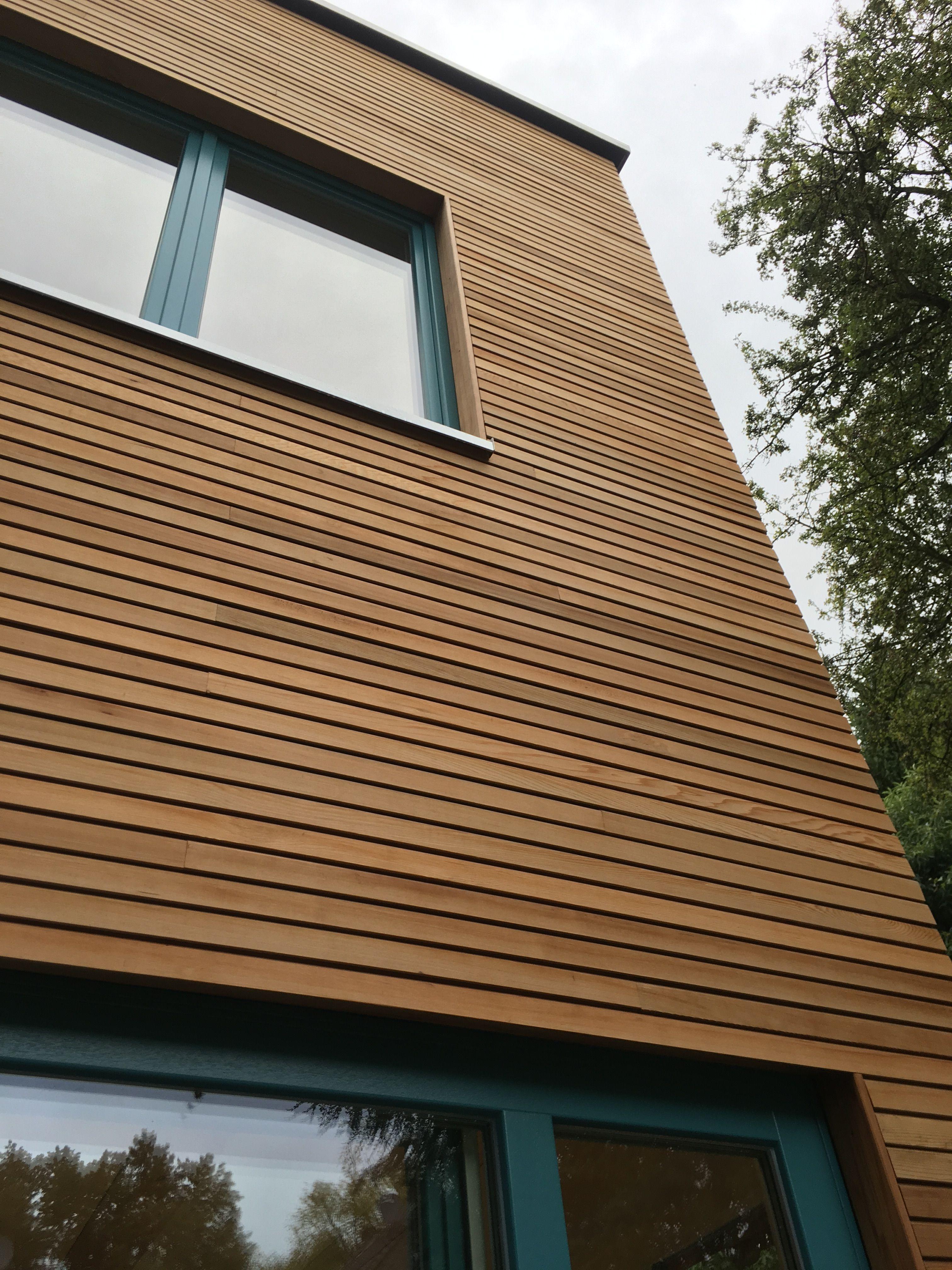 Best Western Red Cedar Fassade Holzfassade Wood Cladding 400 x 300