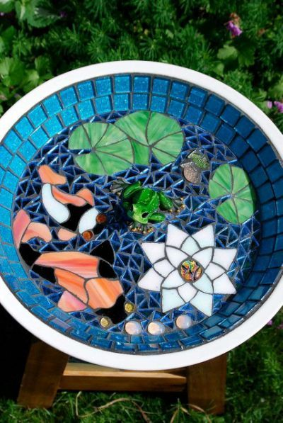 Koi pond bird bath stained glass mosaic tiles mosaic for Koi pond glass