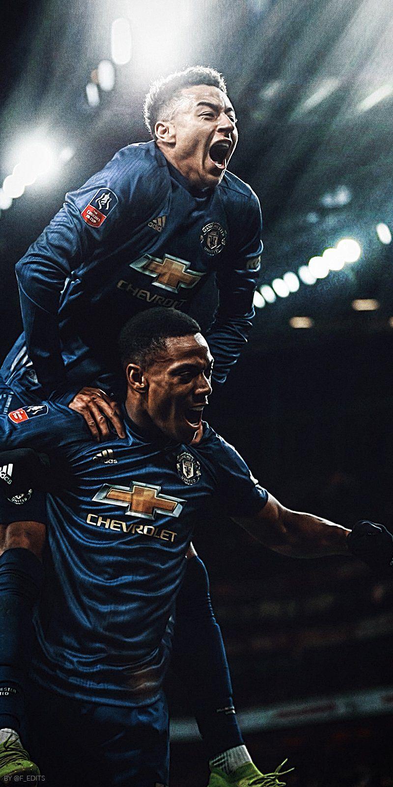 Pin Oleh Christel B Di Manchester United Dasi Pria Pria