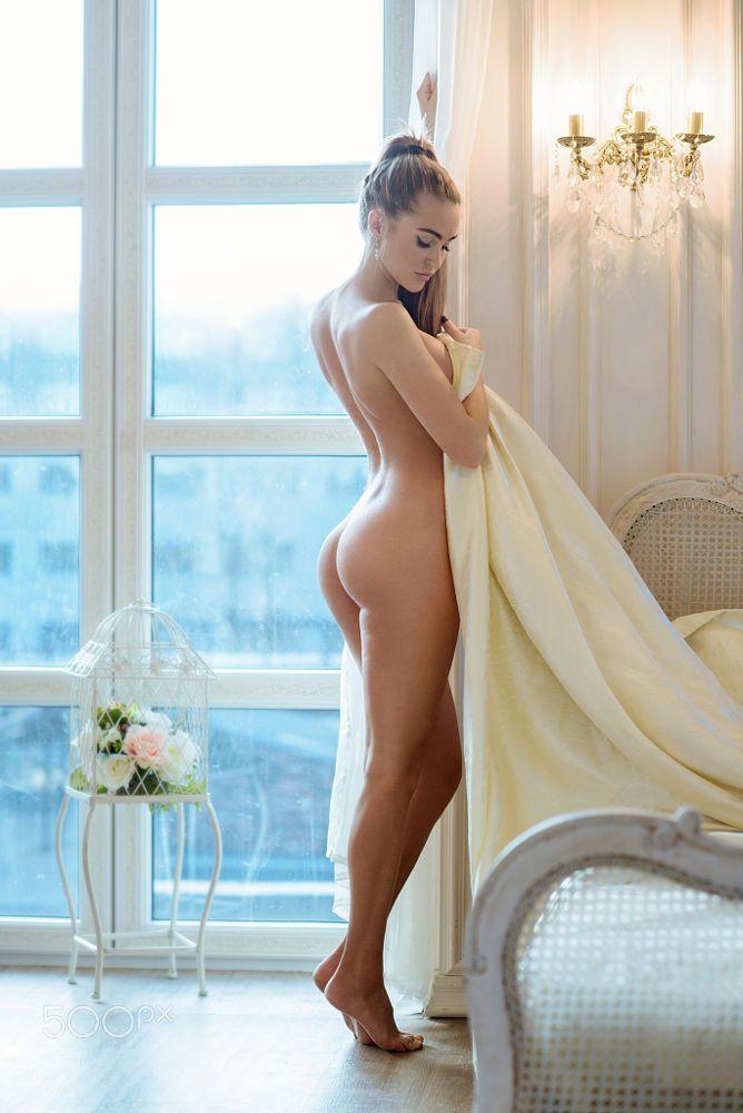 erotic tall nudes