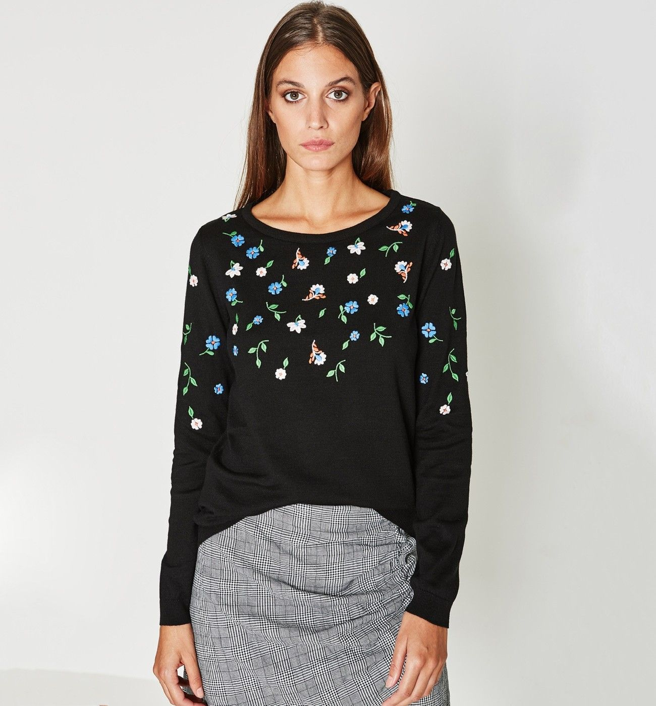 Pin Von Maria Vika44 Auf Pomysly Modowe Moj Styl In 2020 Mode Pullover Und Rollkragenpullover Damen