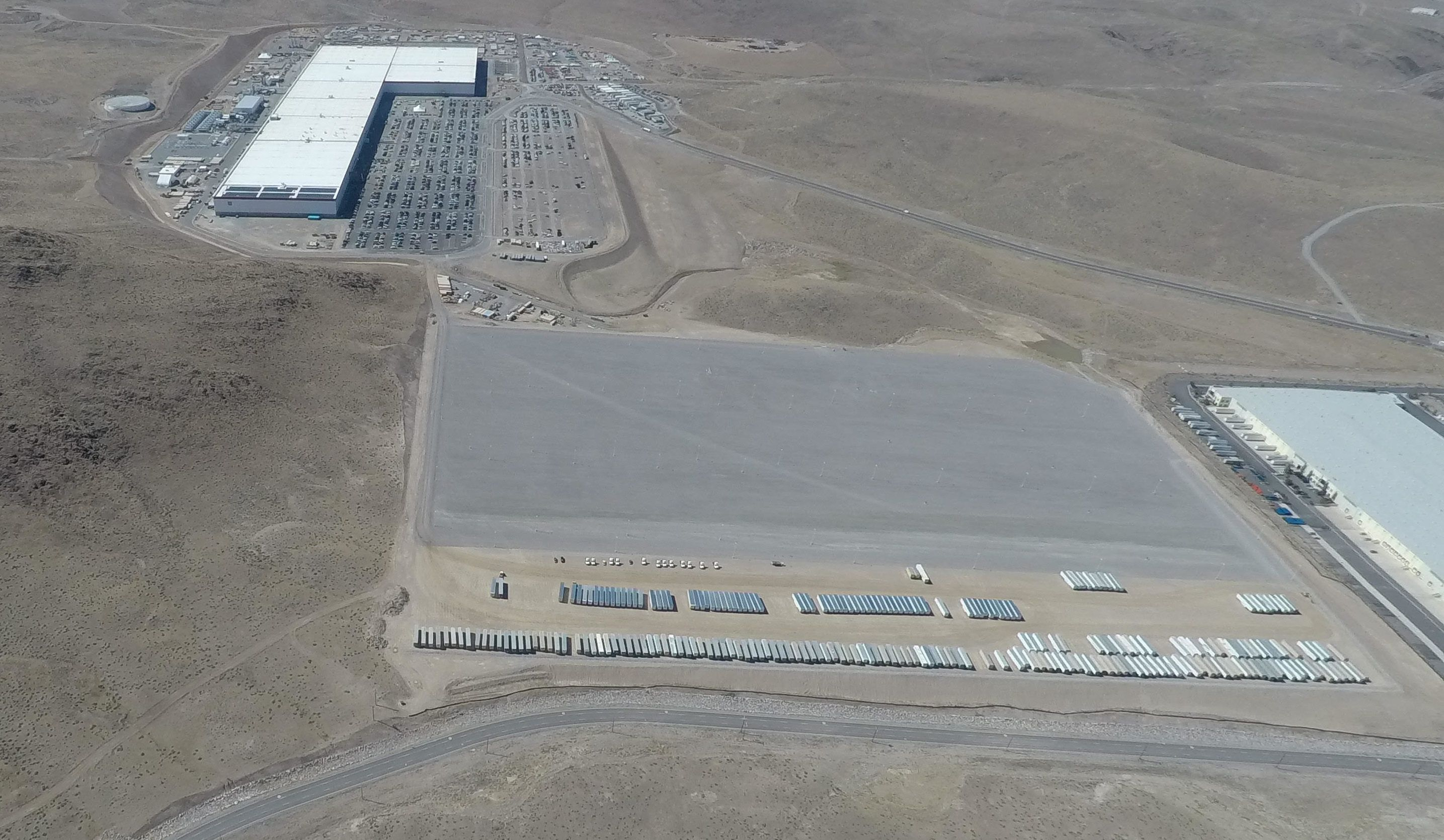Tesla Gigafactory 1 Expands With Massive New Lot As Site Activity Increases Tesla Aerial Photograph Tesla S