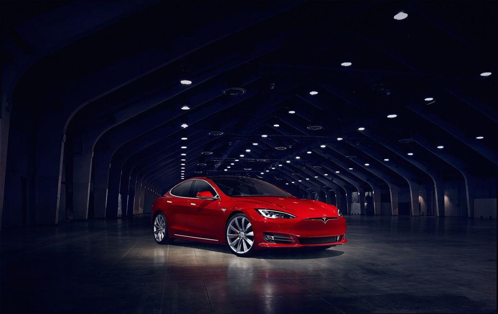 Topic Tesla Model S Debuts New Face Car Fanatics Tesla