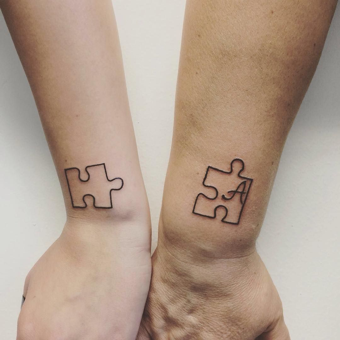 466f24be2 sibling tattoo - four puzzle pieces that connect with or without initials