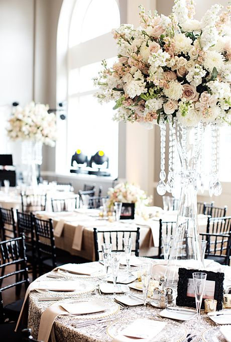 A Formal Summer Wedding In Minneapolis Mn White Wedding Flowers Unique Wedding Flowers Wedding Flower Arrangements