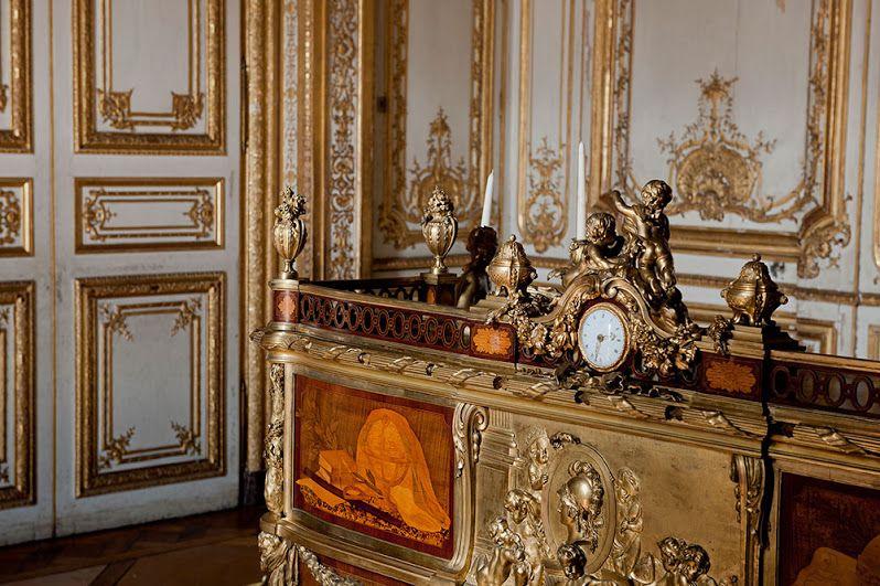 Google+ Versailles Pinterest Versailles