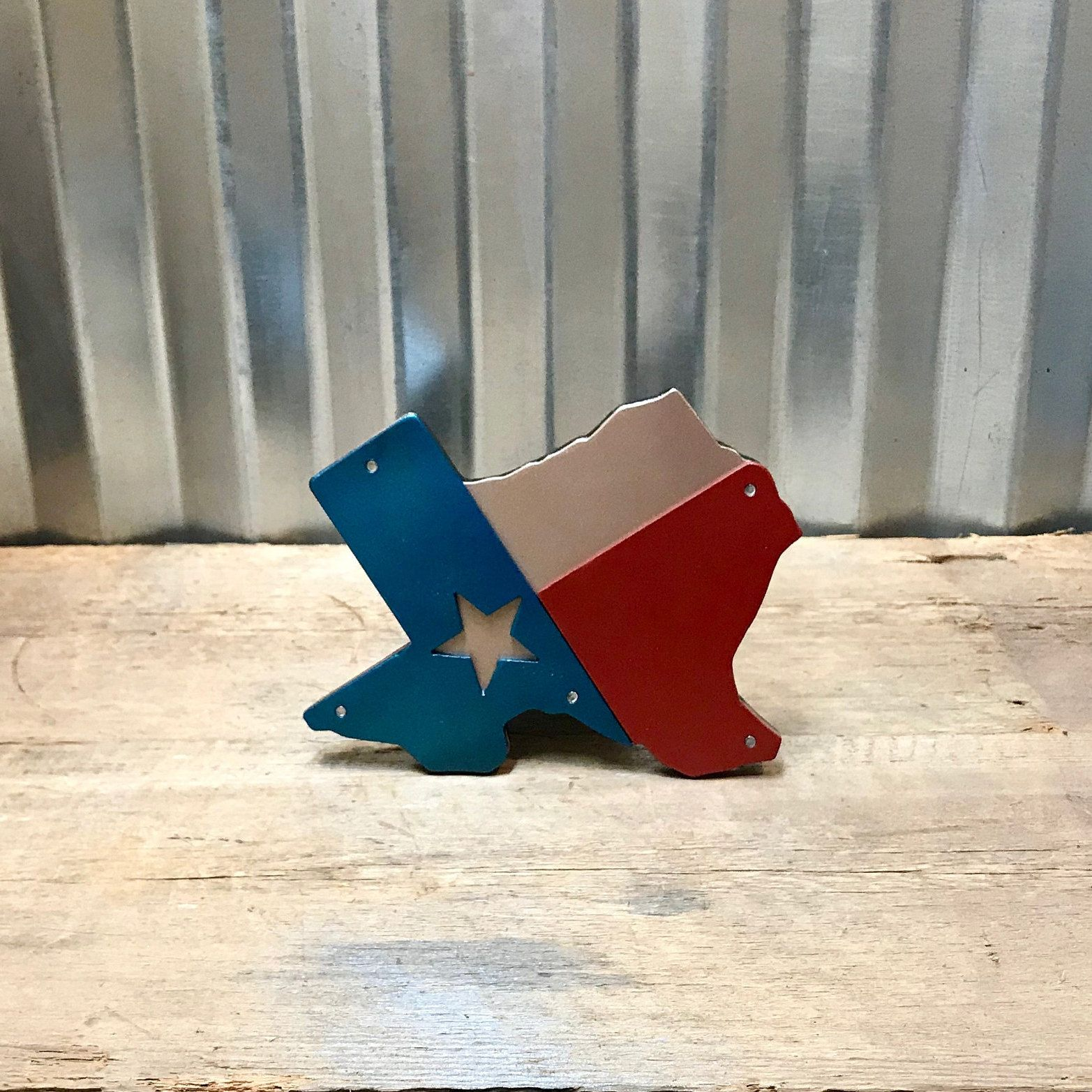Texas Flag Texas State Hitch Cover Will Fit Any Standard 2 Receiver Hitch Dimensions 7 Wide X 6 5 Tallthis Is A Three Pie In 2020 Hitch Cover Texas State Texas Flags
