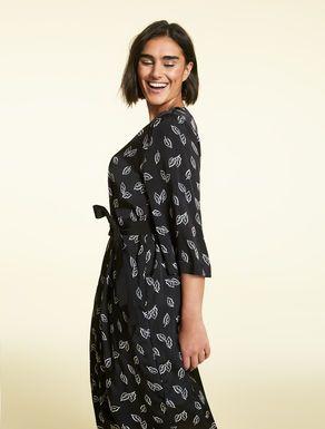 Kleid aus Viskose und Cupro, schwarz - DIESIS | Kleider ...