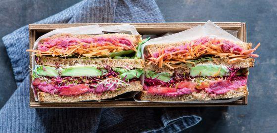 super sandwich vegetariano (un'americana in cucina)