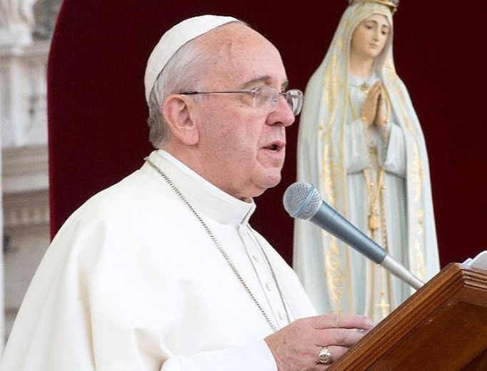 Pope Ahead of Fatima Trip: 'I Want to Meet Everyone at the Feet of the Virgin Mother' | ncregister.com