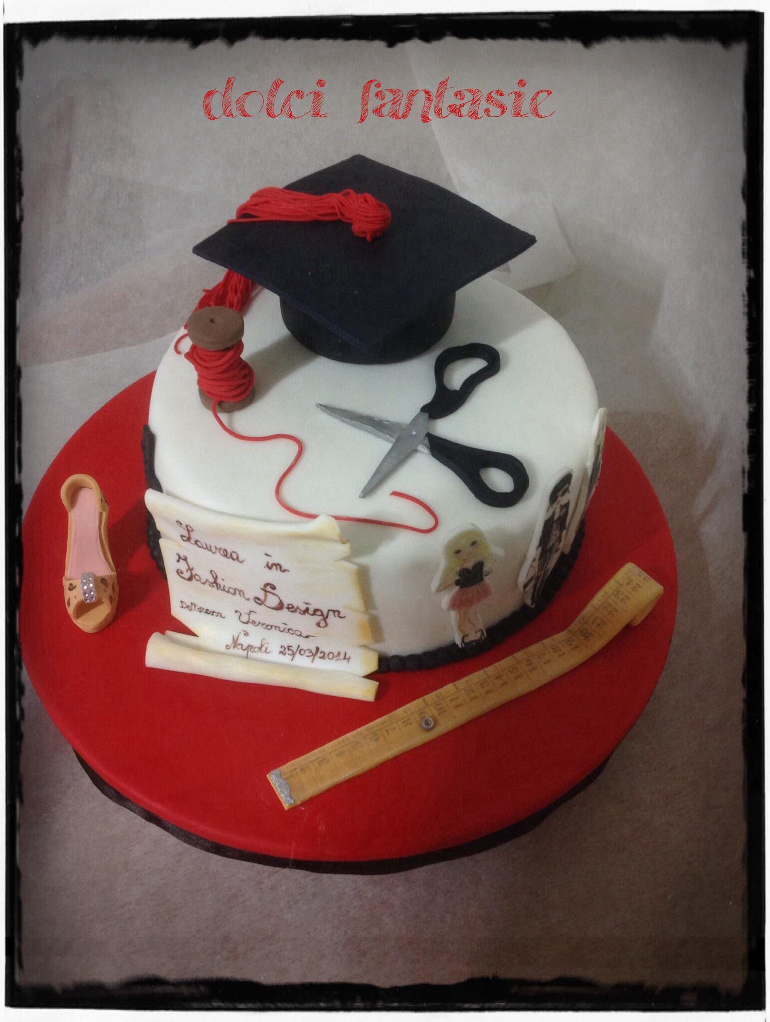 Torta di laurea fashion design torte lauree pinterest for Decorazioni di torte per laurea