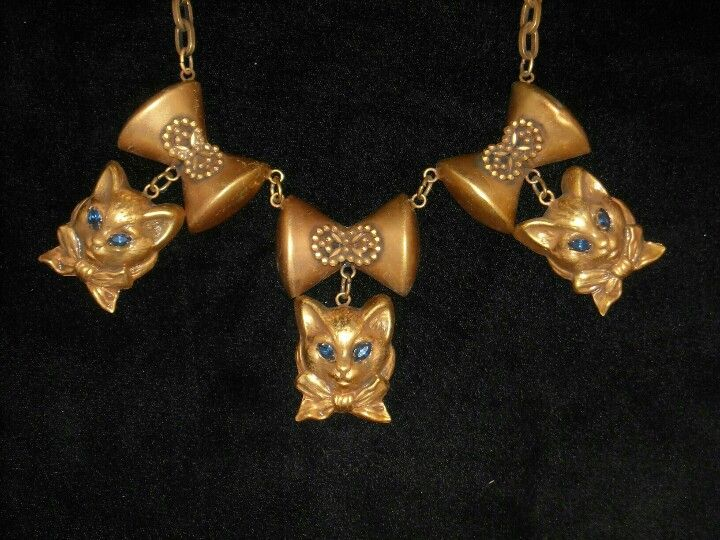 Joseff Hollywood Jewelled Cat and Bow Necklace