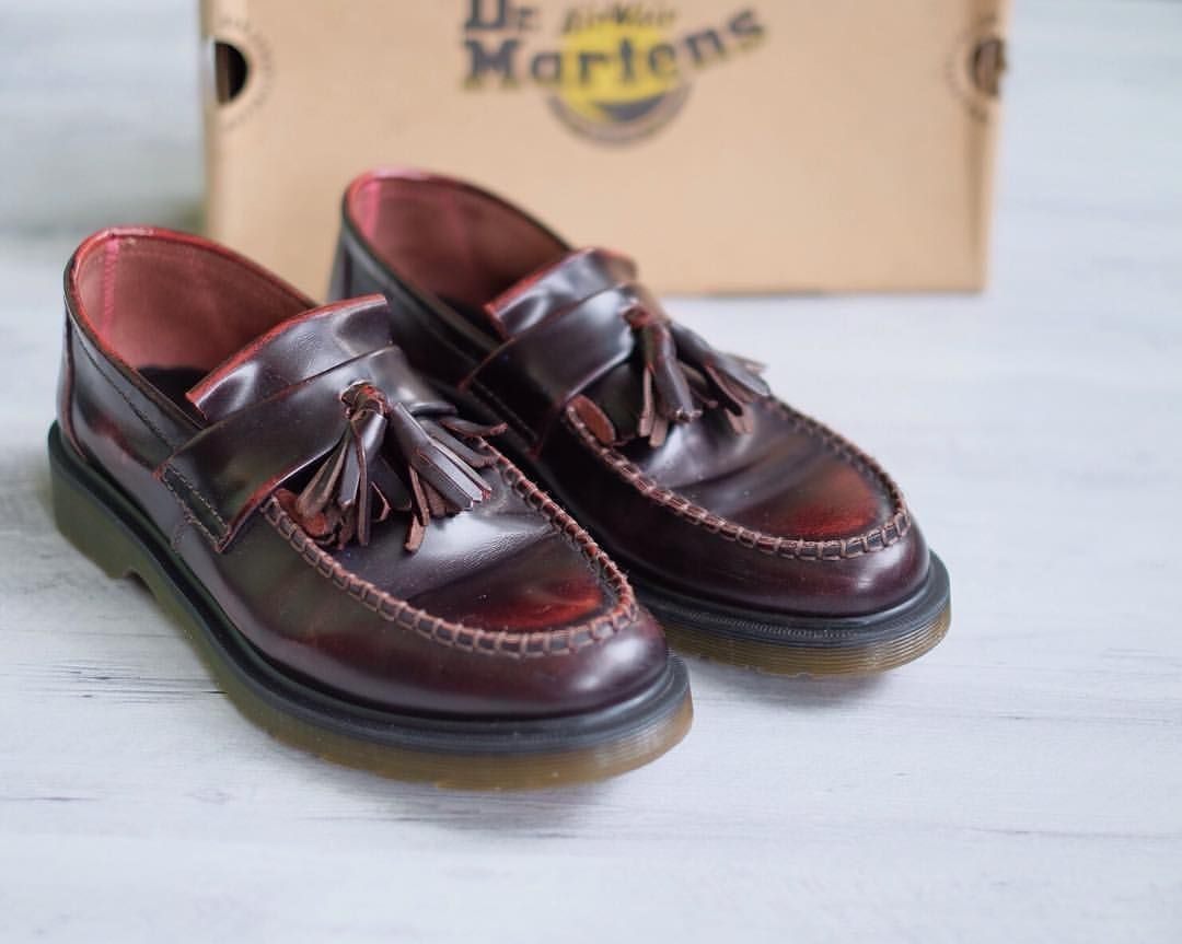 Dr Martens Adrian Loafer Tassel Red Cherry Arcadia Burgundy Size 7uk 41eur Condition Gently Dress Shoes Men Loafers Men Dr Martens Outfit