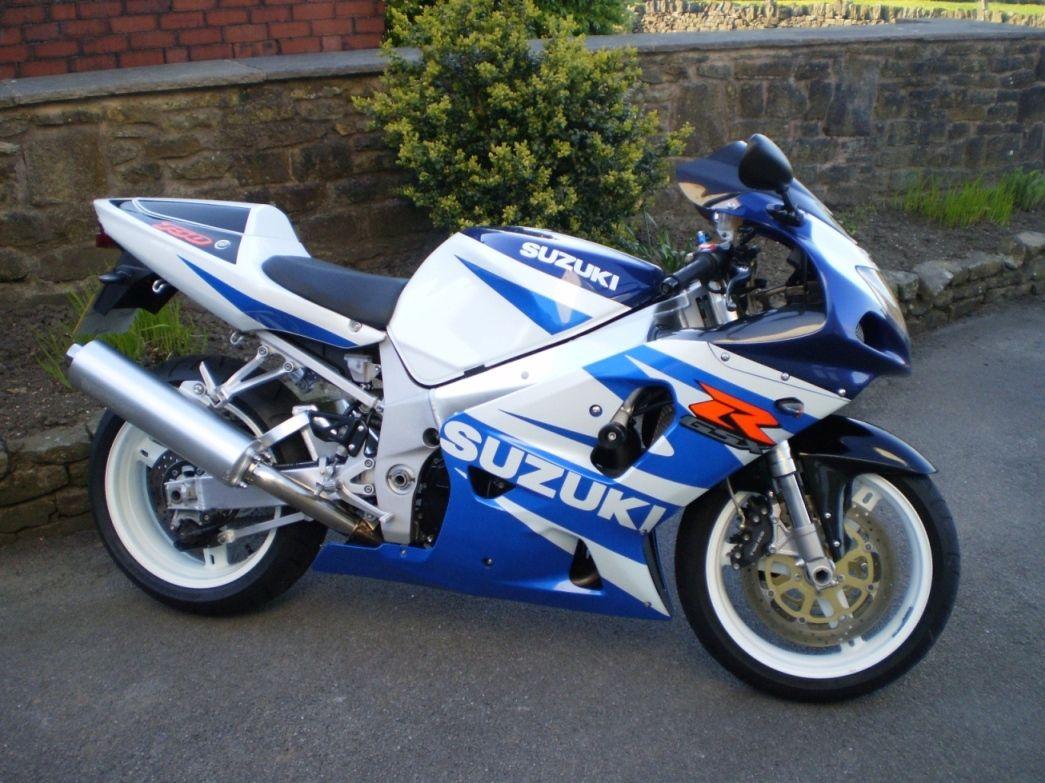 SUZUKI GSXR 750 K2 Gsxr 750, Suzuki Motorcycle, Busa, Suzuki Gsx, Sportbikes