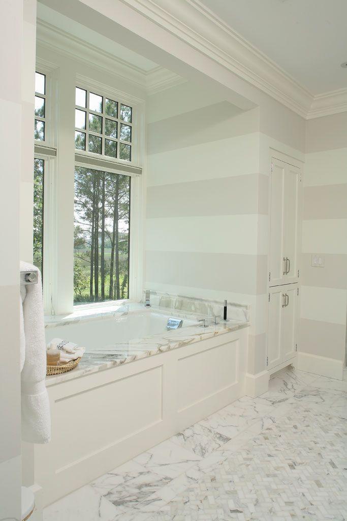 Striped Walls #canada #realestate #design #bathroom