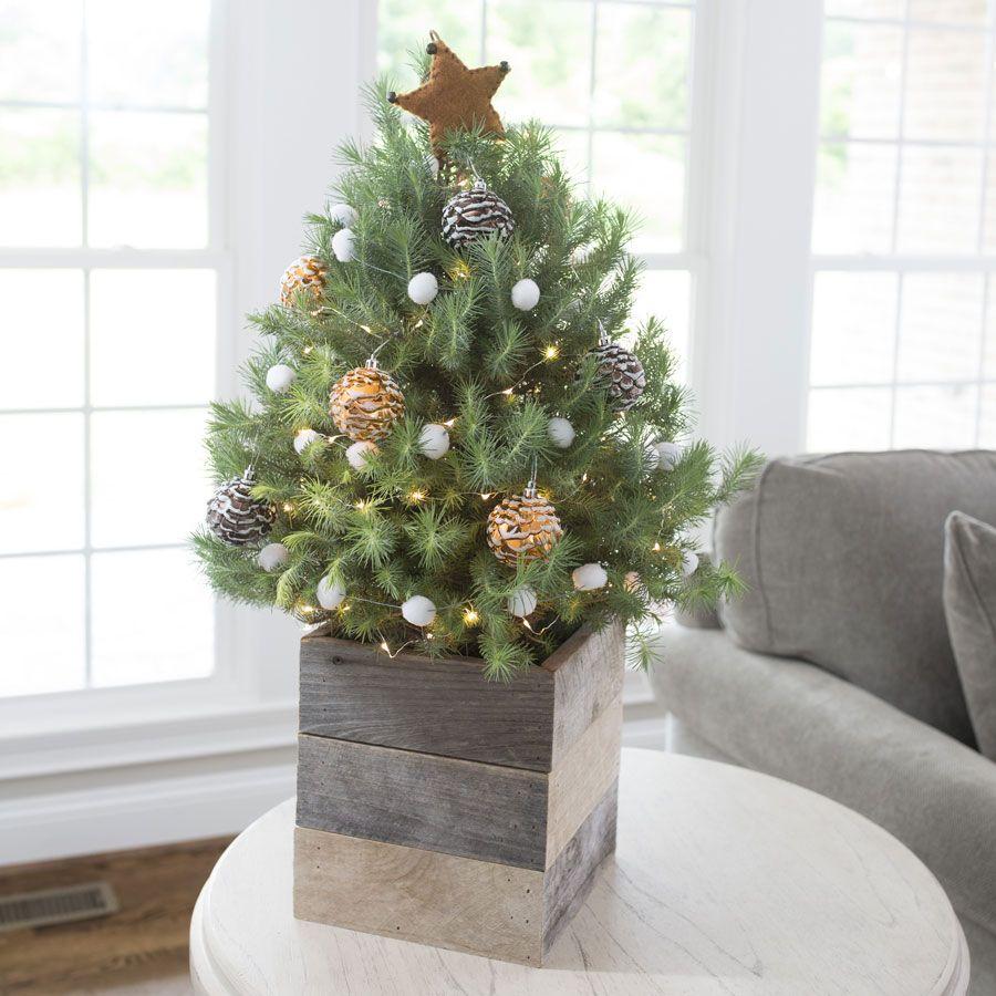 Cozy Christmas Tree #smallchristmastreeideas