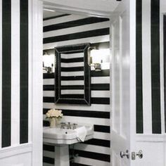 Merveilleux Black And White Striped Wallpaper Bathroom   Google Search