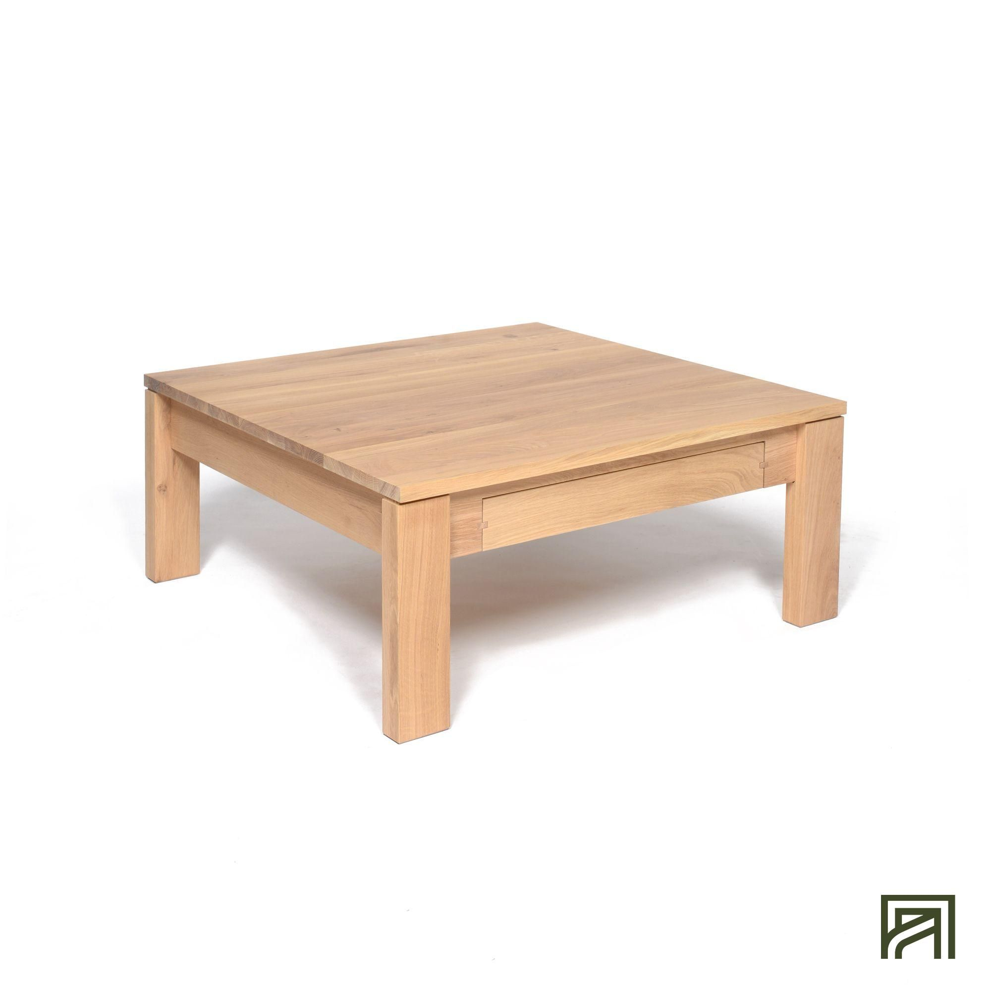 Alinea Emotion Table Basse En Chene Massif Avec 1 Tiroir Traversant 100x100cm Alinea Decoration Ta Table Basse Mobilier De Salon Table Basse Chene