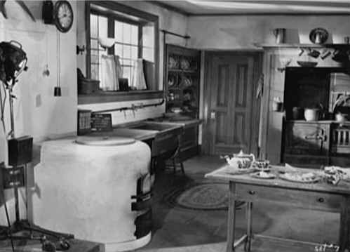 Gull Cottage In The Movie The Ghost And Mrs Muir Famous Houses Coastal Cottage Cottage