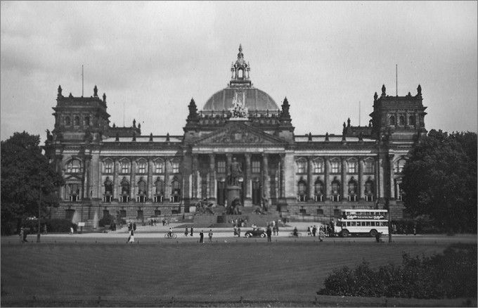 Berliner Reichstag 1932 Fotos Vergangener Zeiten Galerie Reichstagsgebaude Berlin Geschichte Architektur