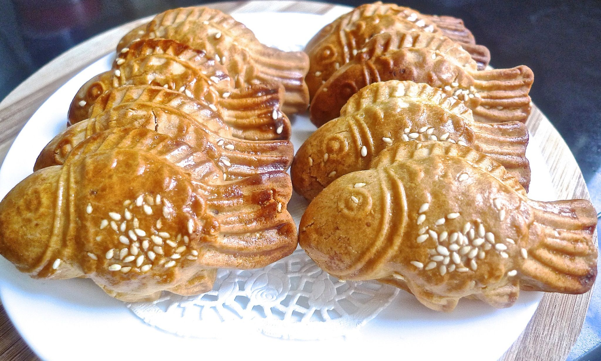 How to Bake Traditional Fish Doll Mooncakes
