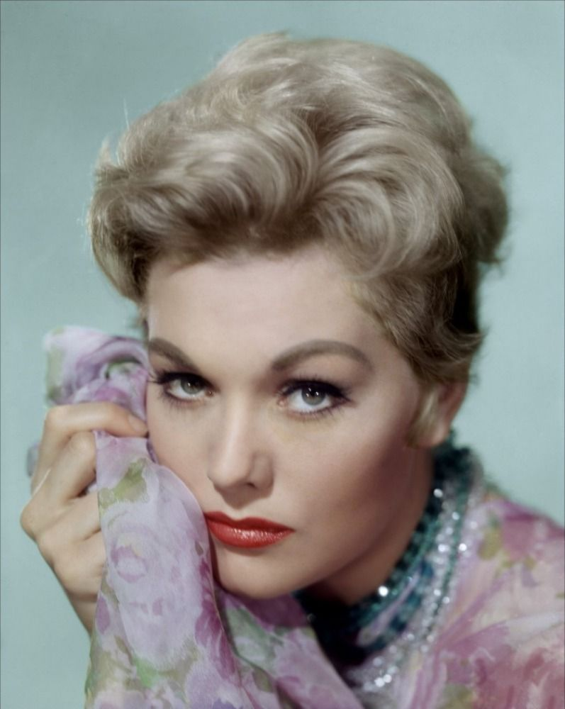 kim novak makeup