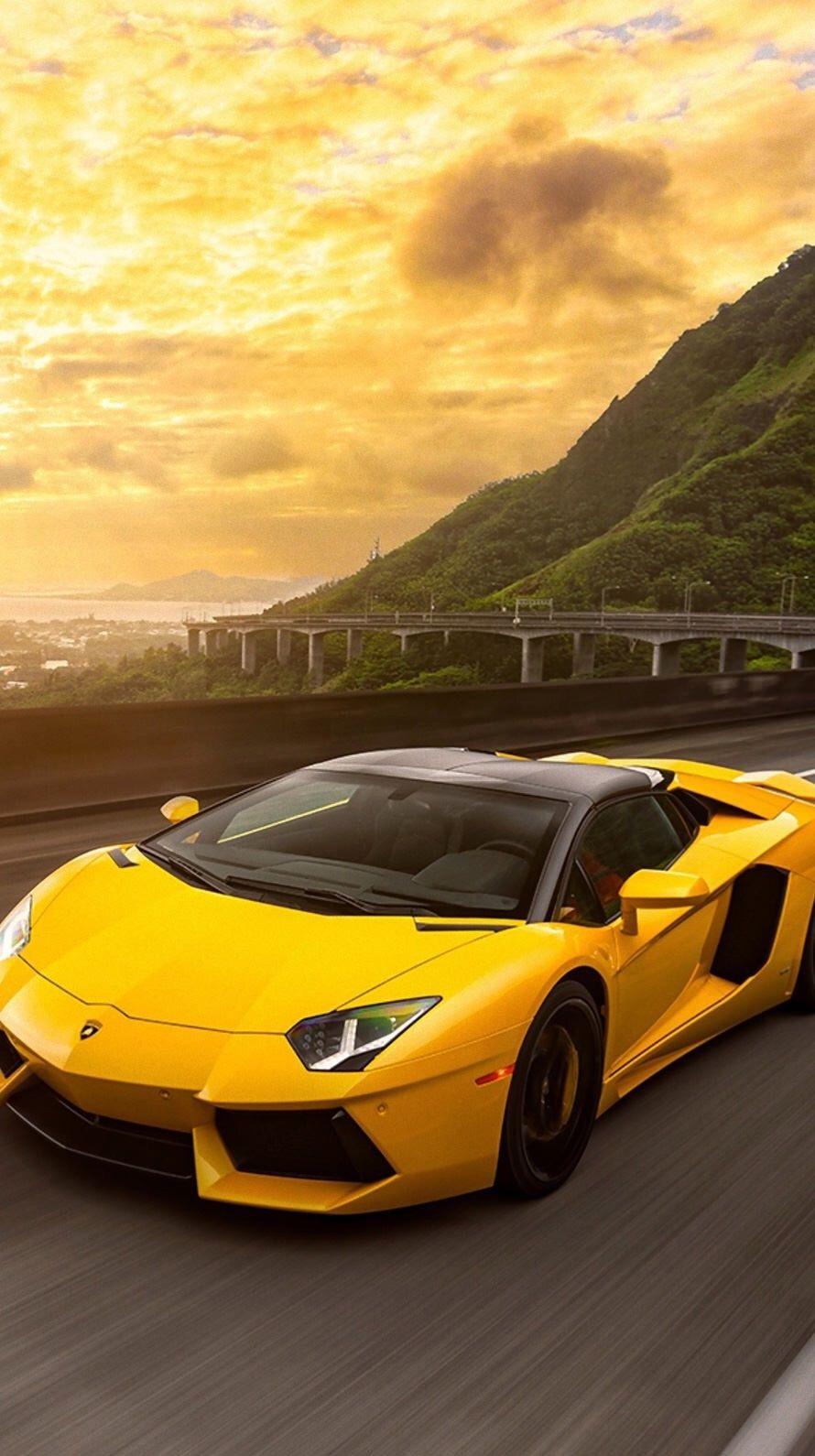 23+ Lamborghini Vs Ferrari Iphone Wallpaper  Gif