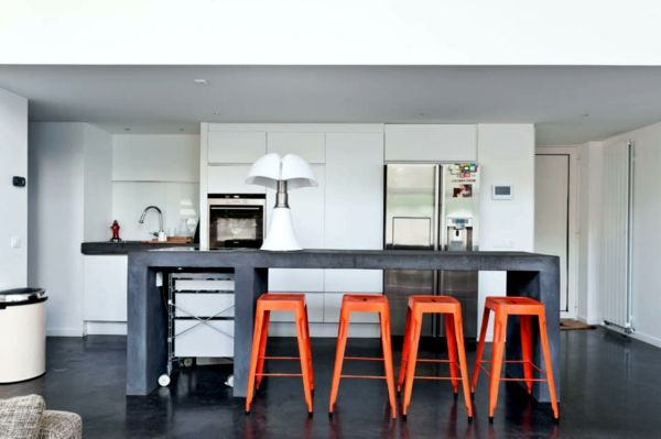 un tabouret de bar coloré pour la cuisine moderne | photos et cuisine - Chaise De Bar Tolix