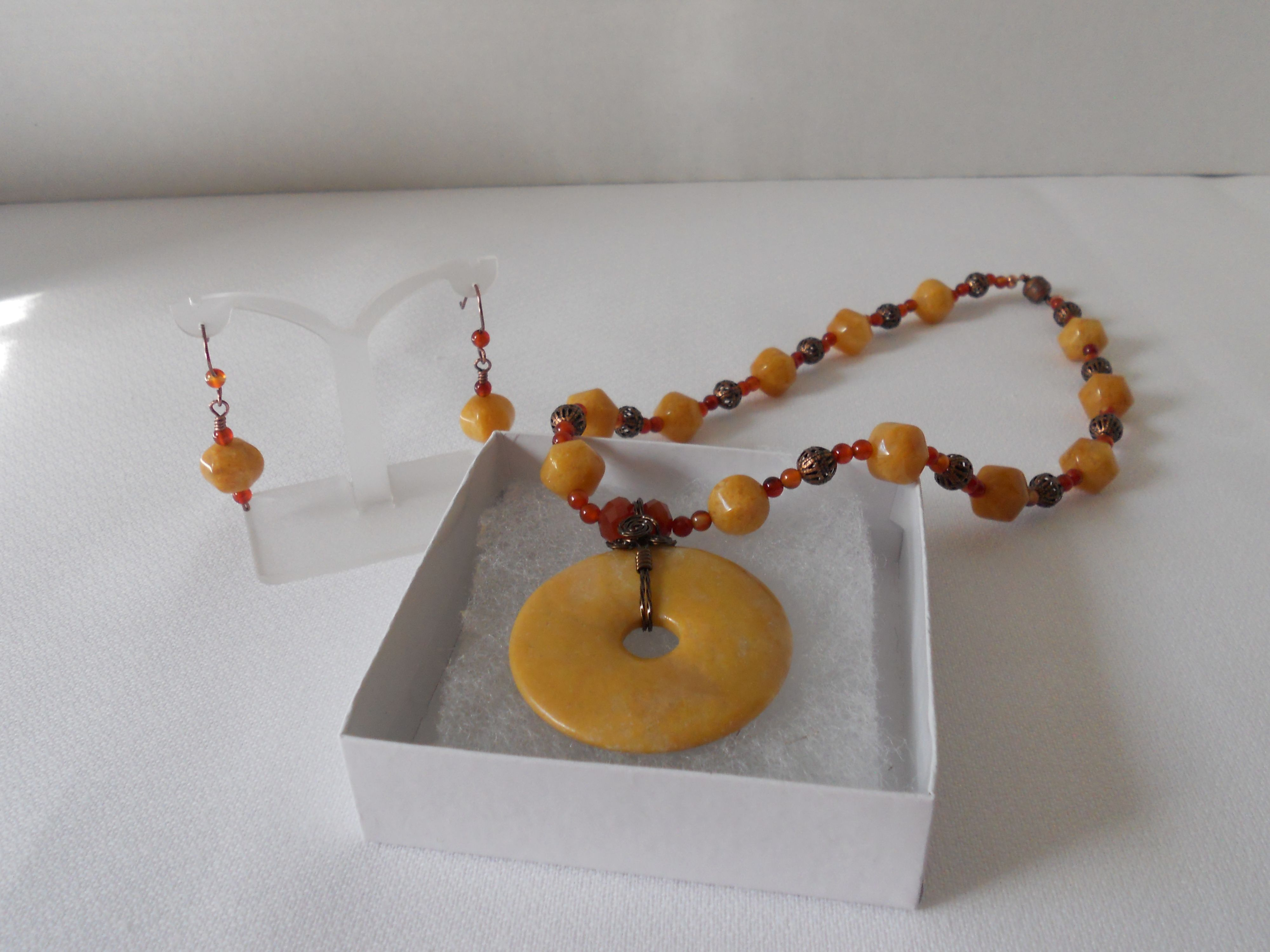 yellow agate wire wrapped donut pendant with matching earrings ...