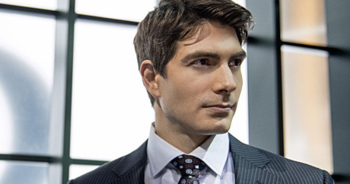 'Arrow' Season 3: Brandon Routh Teases the Atom Costume -- Brandon Routh shared a photo of himself undergoing a transformation, which may see him appear as the Atom in 'Arrow' Season 3, Episode 11. -- http://www.movieweb.com/arrow-season-3-atom-costume-brandon-routh