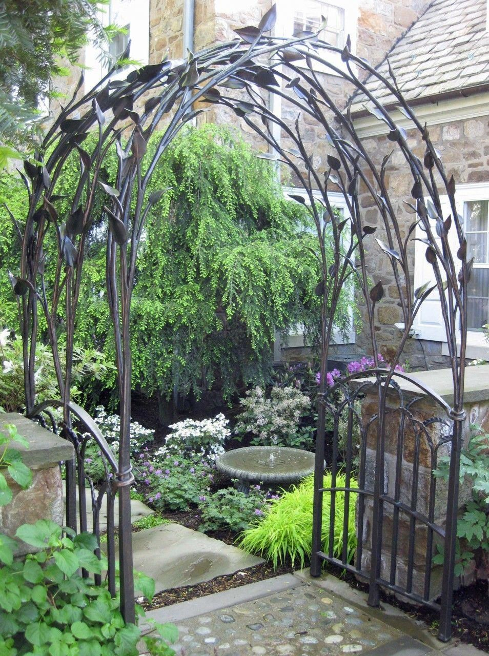 Natural Leaf Arbor Custom Designs Available Garden Gardeningidea Garden Arbor Metal Arbor Garden Structures