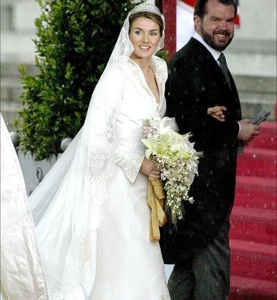 los vestidos de novia de la realeza - príncipe felipe y letizia