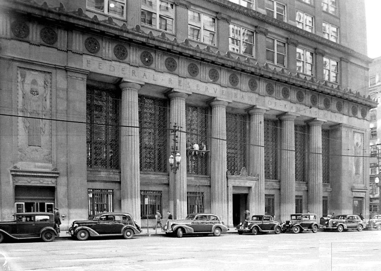 Federal Reserve Building 1938 Kansas city downtown
