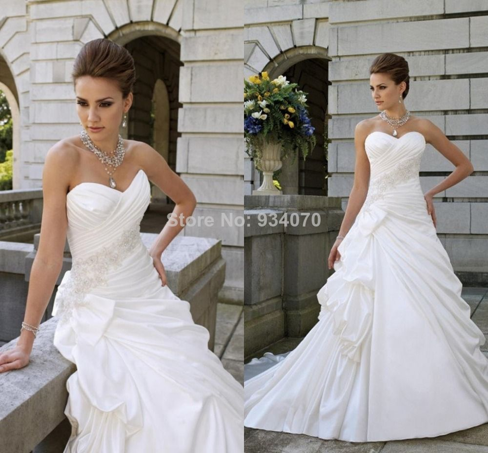 Custom made wedding dress  Custom Made ALine White Wedding Dresses Pleat Beads Court Train