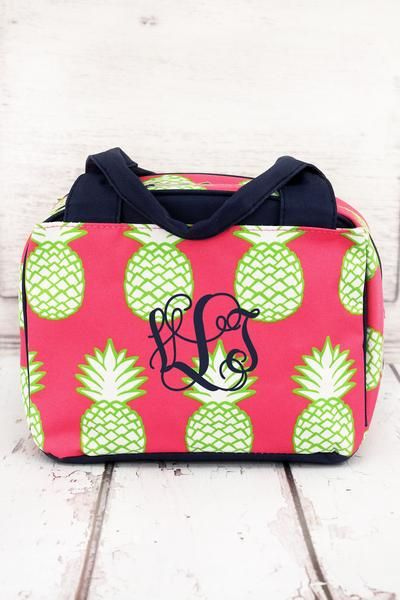 098eb9e44362 Carry your lunch in style with this bowler style insulated lunch bag ...