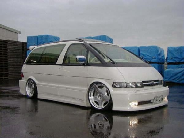 This Body Kit Makes It Remind Me Of A Eurovan Obviously With A Different Body But The Kit Makes It Look As Tall Toyota Previa Astro Van Toyota