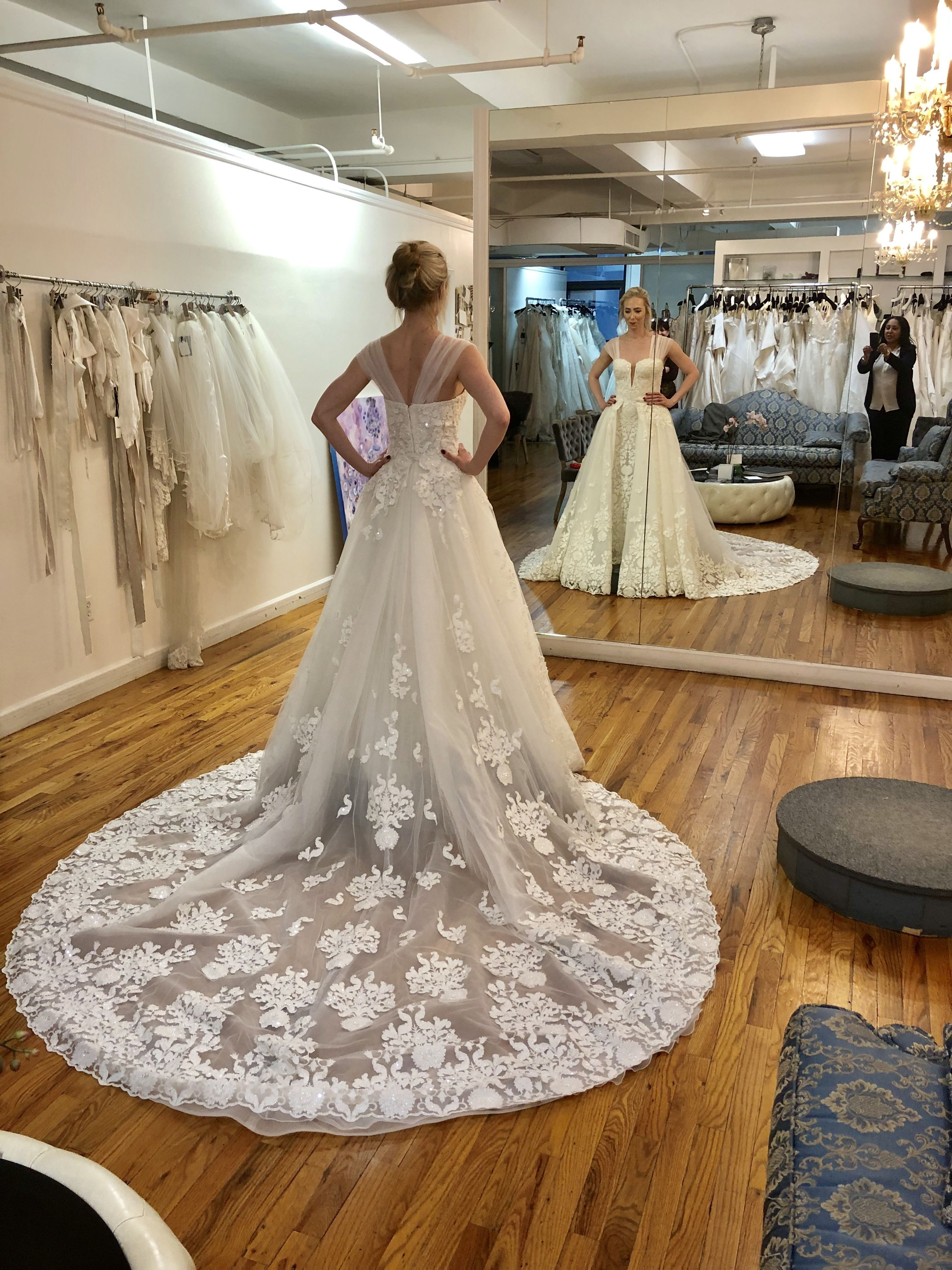 Brides Should Avoid A Gown That Is Uncomfortable It Is Essential That Brides Come To Their Final Fitting To Bridal Wedding Dress Trends Perfect Wedding Dress