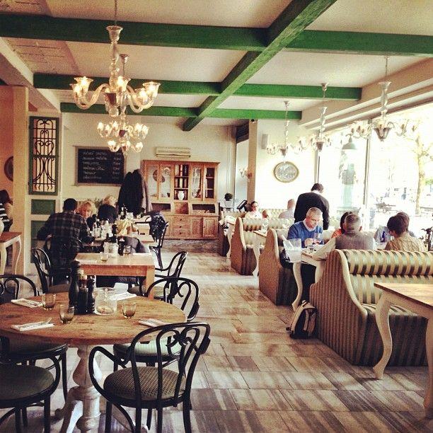 Zylinder Cafe \ Restaurant in Bratislava Restaurants and Cafés - innovatives decken design restaurant