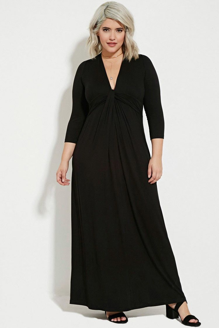This longsleeved maxi dress features a twisted knot design below a