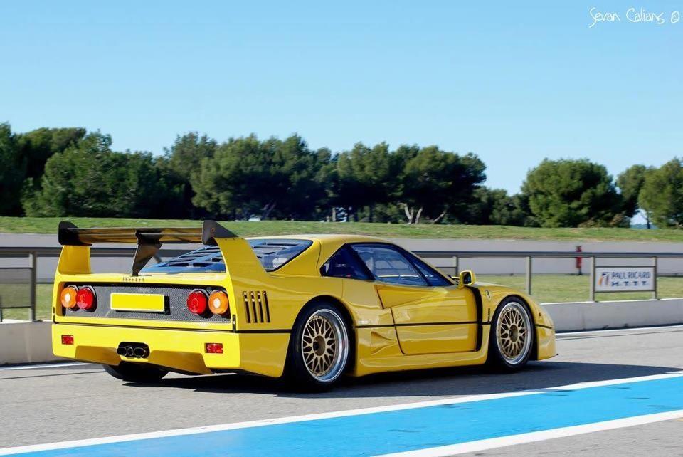 Amazing Yellow Ferrari F40 Lm Speciale Ferrari F40 Ferrari