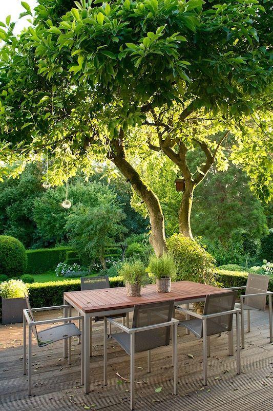 terrasse im garten herausvorderungen | möbelideen, Terrassen ideen