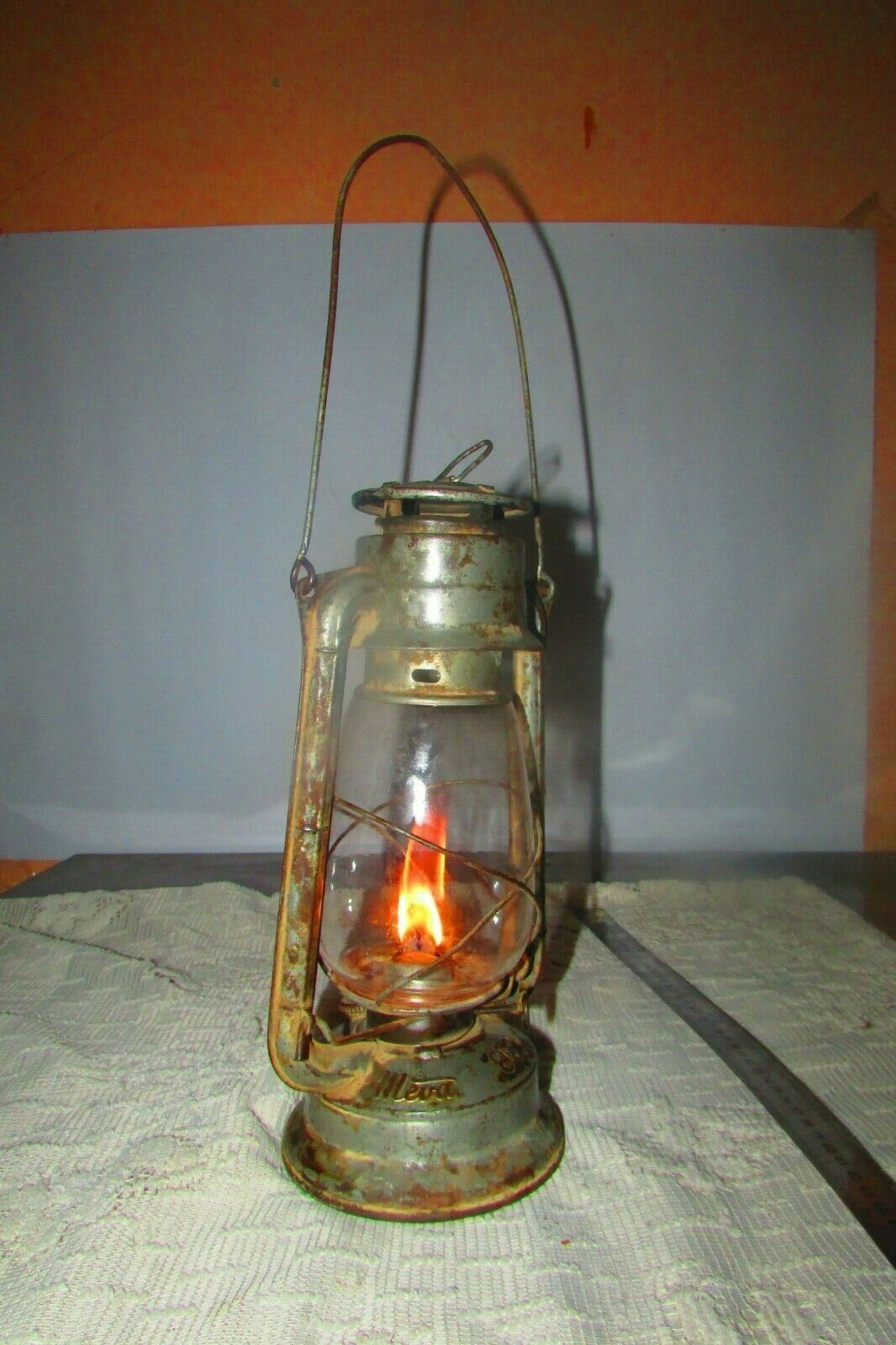 Details about Vintage (MEVA) oil kerosene lamp made in