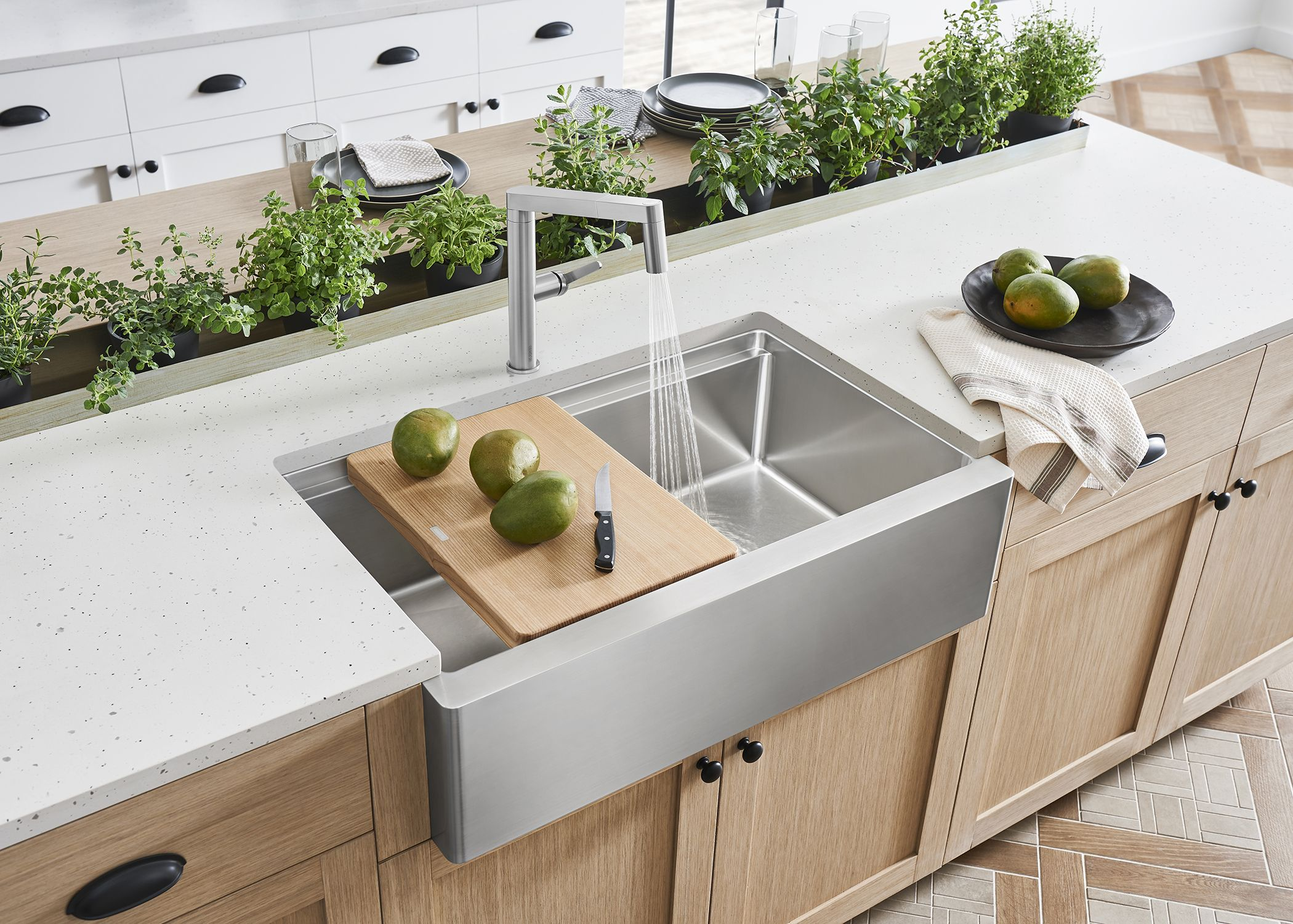 A Refreshing Farmhouse Look To Add To The Kitchen Blanco S
