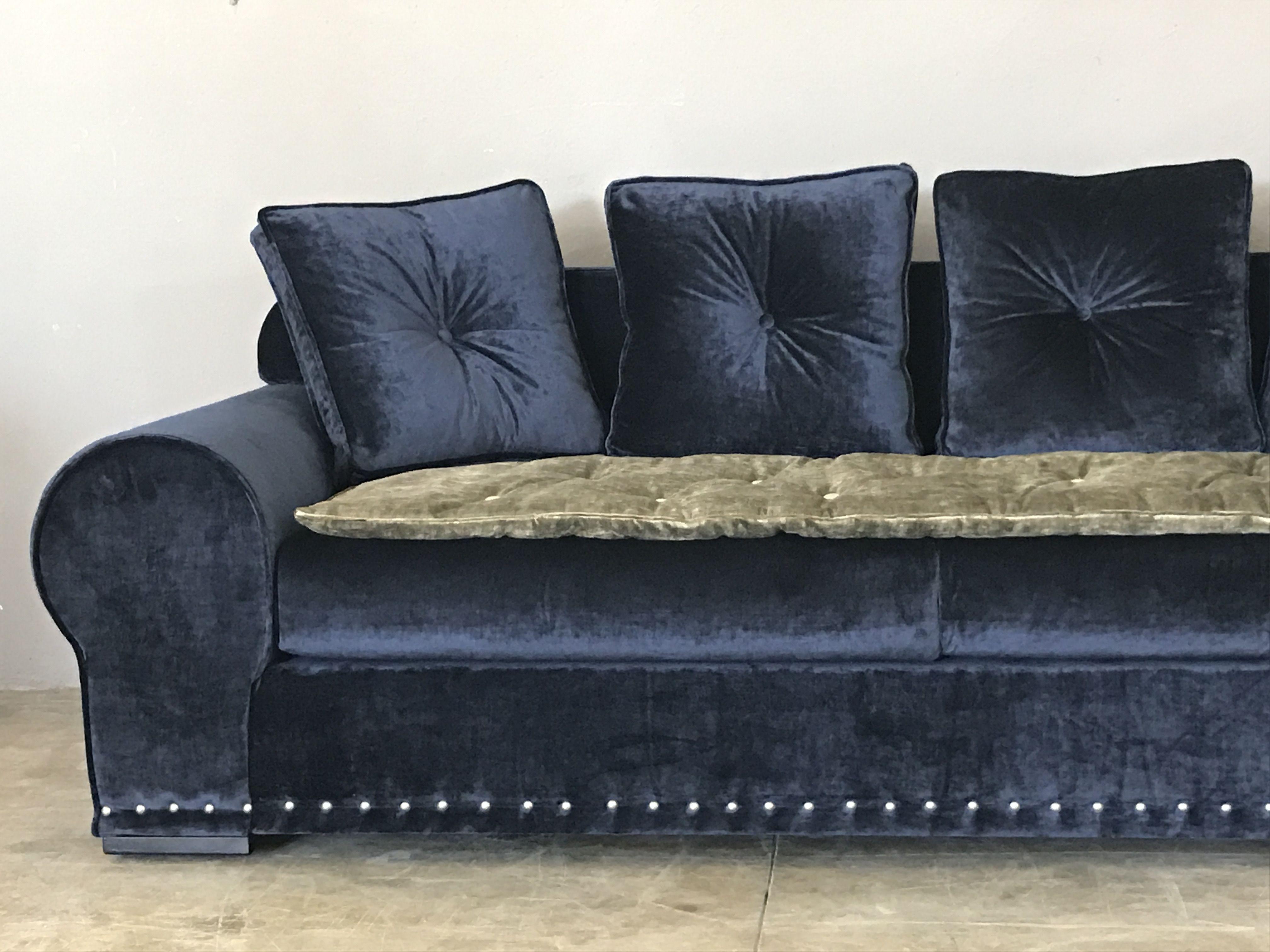 Canapé sur mesure Rodolphe velours lavé bleu marine avec sofa