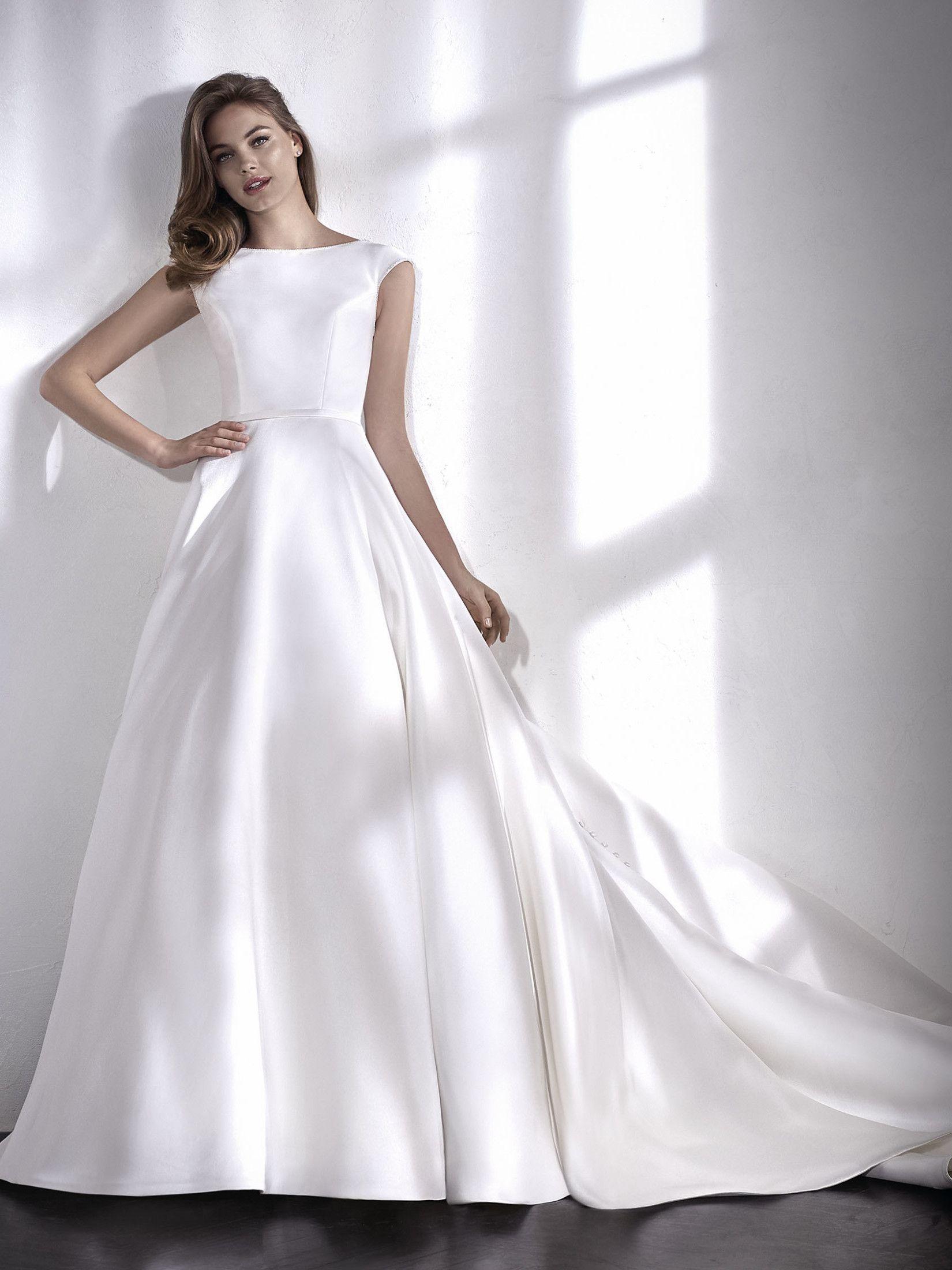 Plain & Simple Wedding Dress | Simple weddings, Plain wedding dress ...