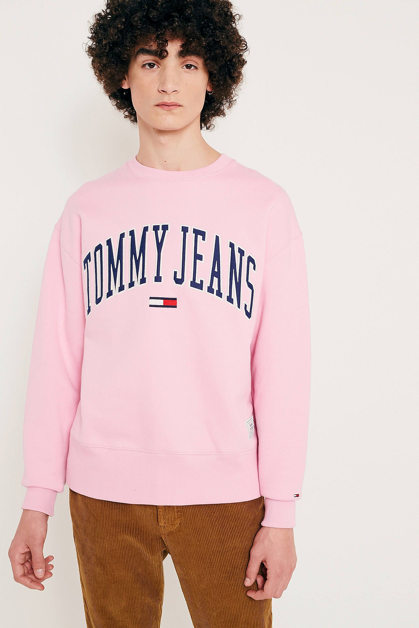 8a96bd9e81fae0 Tommy Jeans Collegiate T Shirt Pink