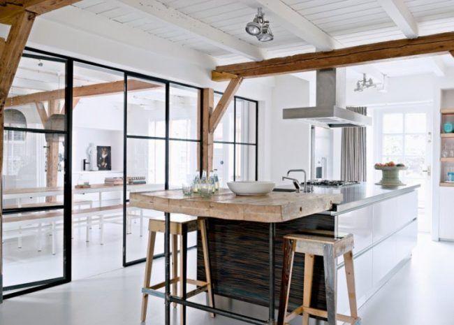 offene-küche-abtrennen-schwarzstahl-glas-schwenktür-großzügiges - offene küche planen