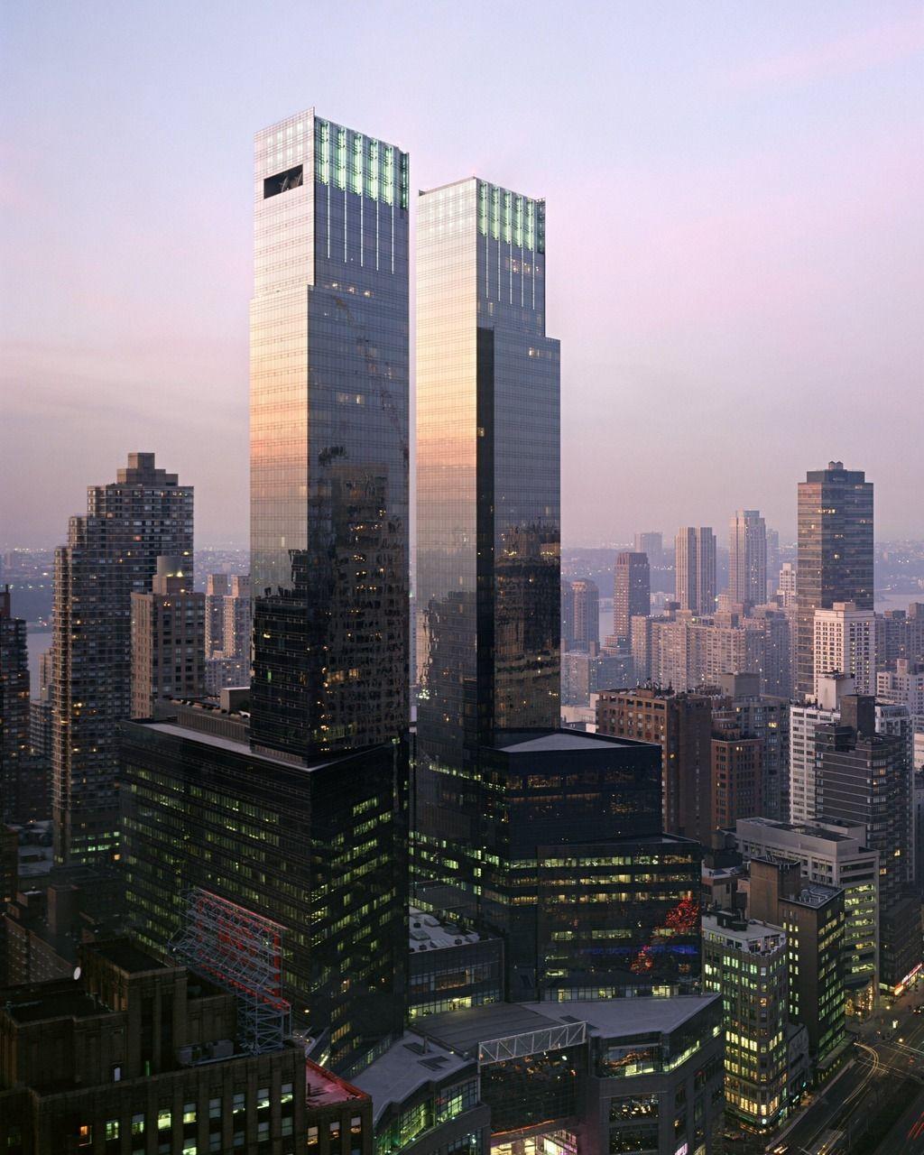 Warner Center Apartments: Pin De Diego J Guerrero En TowerDG