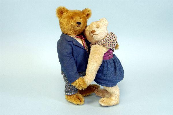 társkereső steiff medvék konfliktus a kamasz társkereső kapcsolatok leltárában